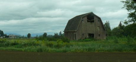 A passing barn